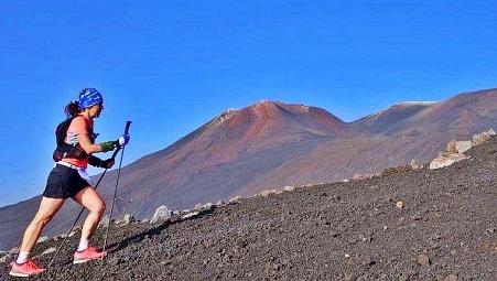 Lavatunnel-Valle del Bove-Gipfelkrater