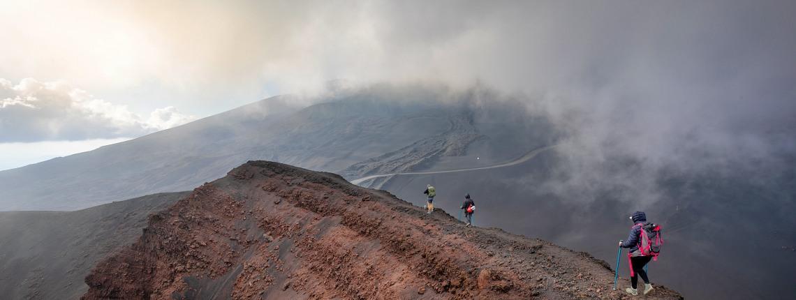 bord-cratere-etna-sud