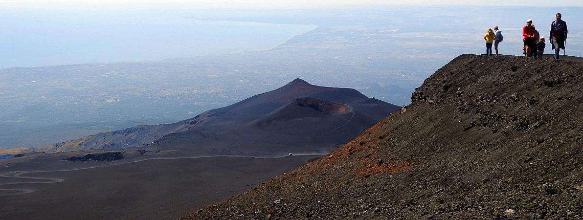 mount-etna-trek