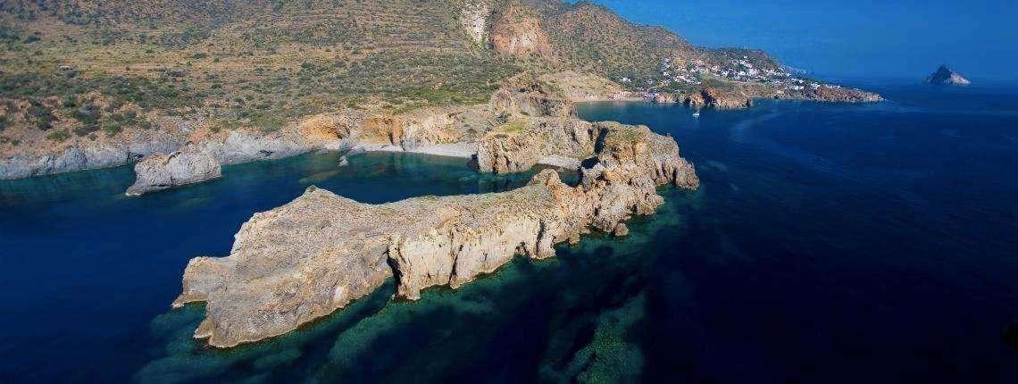 Aeolian-Islands-Helicopter