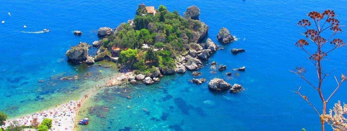 isola-bella-naxos-etna3340-en