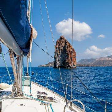 Iles Eoliennes en bateau
