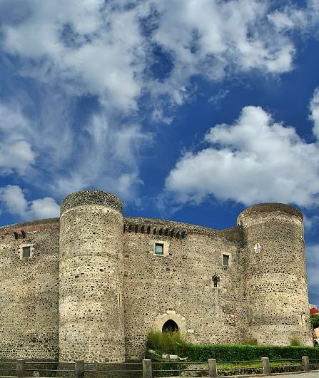 Ätna Tour - Berühmte sizilianische Schlösser und Weine