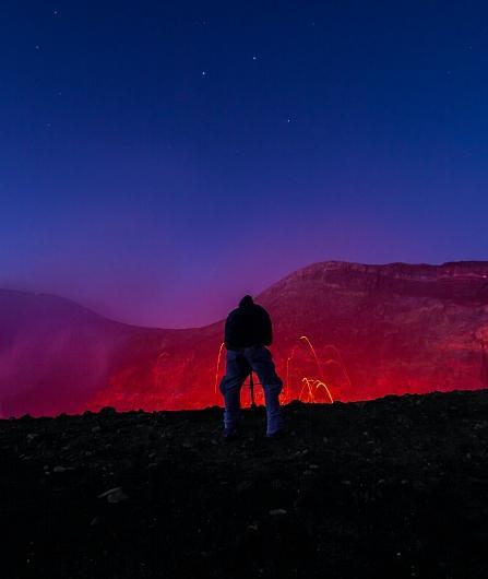 Ascension de l'Etna zone sommet. Randonnée nocturne comme à l'époque du Grand Tour