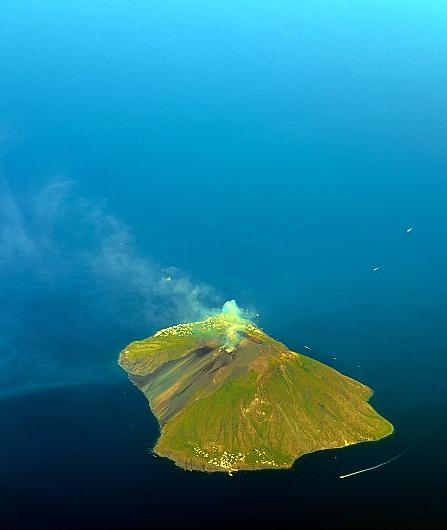Stromboli and Aeolian Islands helicopter tour