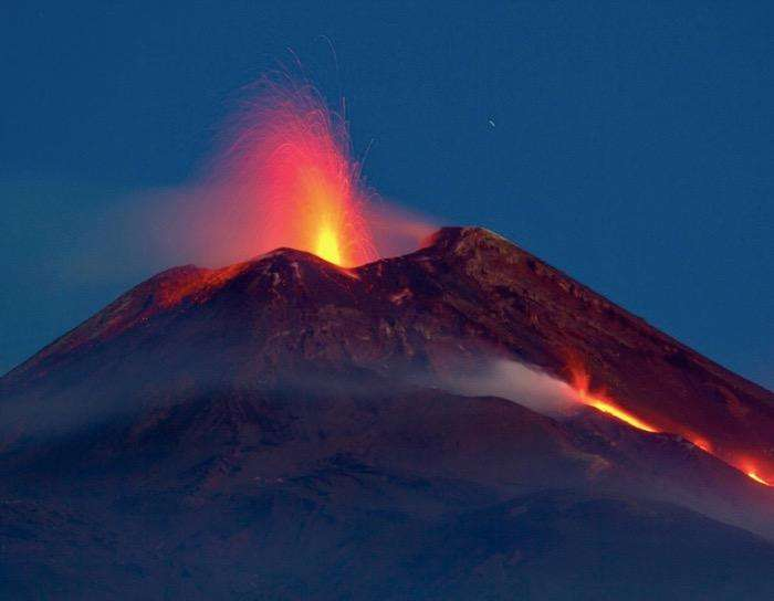 etna-eruption-siclile-italie