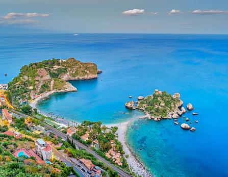 Taormine-IsolaBella-Naxos-Etna3340