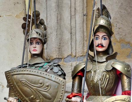 Théâtre-marionnettes-Sicile
