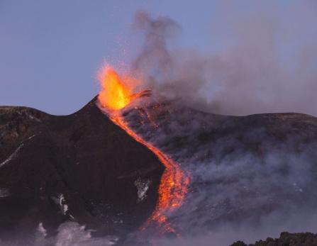 Volcan Etna en eruption